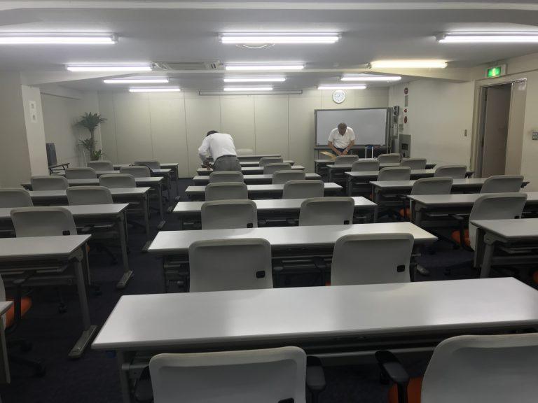 今日は、東京で研修です。
